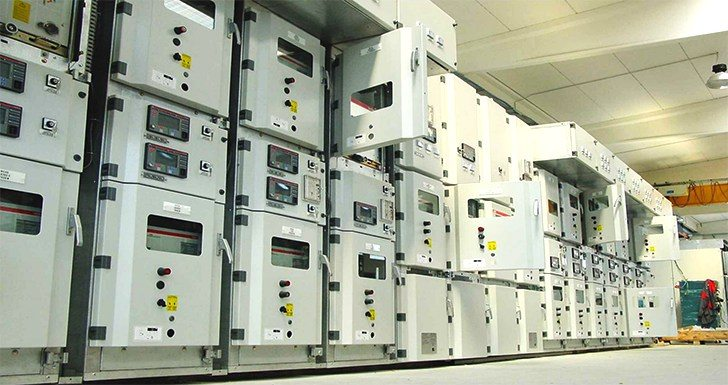 Air-insulated primary switchgear equipped with Feeder Terminals (type 'UniGear ZS1')