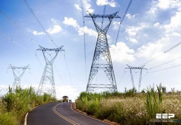5 Serious Environmental Impacts Of HVAC Over HVDC Overhead Transmission Lines