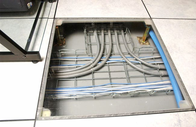 Cables laid on metallic wireways in false floor